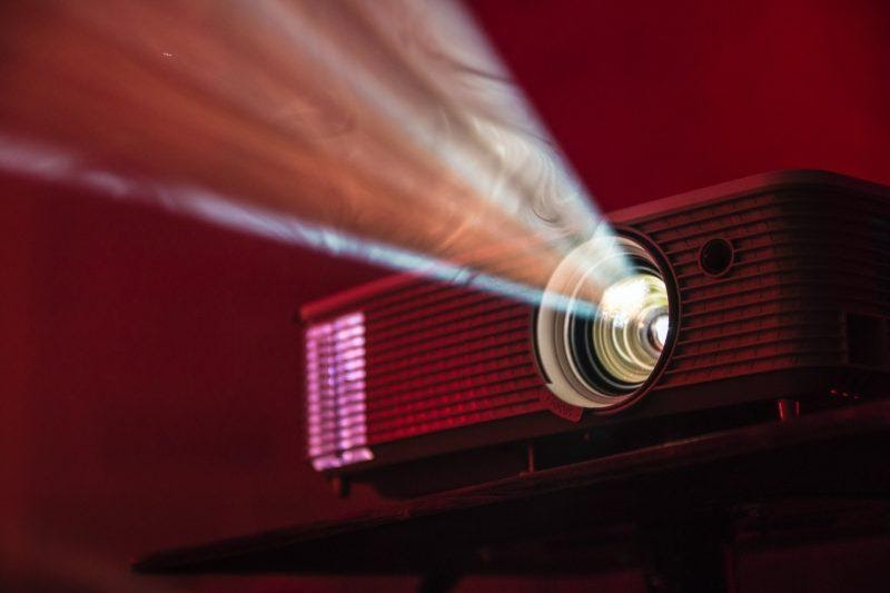 Why Projector Hire is the Cost Suspension Way in the Events?